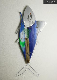 Funny Hunged Tuna Fish are made out of Recycled Materials and Found Objects Recycled Art, Recycled Materials, Wall Sculptures, Sculpture Art, Junk Art, Fish Design, Fish Art, Tuna, Metallica