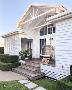 31 Popular Beach House Exterior Design Ideas You Will Love - A beach house design isn't just one particular look. Coastal abodes can differ in shape, size, and, most importantly, color. Your home by the ocean do. Beautiful Beach Houses, Beautiful Homes, White Beach Houses, Beach House Decor, Home Decor, House Goals, Beach Cottages, My Dream Home, Dream Life