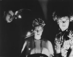 Cocteau Twins 1979年に、Robin GuthrieとWill Heggieがバンドを結成、その後にElizabeth…