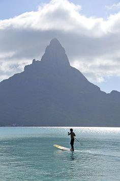 SUP in Bora Bora