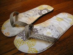 Summer Slippers by Lady Harvatine - Tutorial Using Your FlipFlops As A Pattern