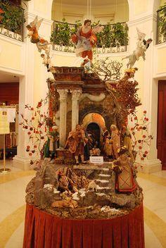 Christmas Manger / Crèche de Noel : Beautiful crèche, Naples Italy
