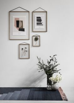 Simple oak frames by Danish design studio Moebe. Celebrating clean lines and minimalist design – the oak frames come in sizes ranging from to Oak Picture Frames, Easy Frame, Design Bestseller, Nordic Design, Rubber Bands, Solid Oak, William Morris, Wall Design, Framed Art Prints