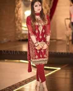 Buy discount party dress ups in Pakistan at Oshi. Book Online comport party dress ups in Karachi, Lahore, Islamabad, Peshawar and All across Pakistan. Pakistani Formal Dresses, Pakistani Party Wear, Pakistani Outfits, Indian Dresses, Indian Outfits, Emo Outfits, Pakistan Fashion, India Fashion, Punk Fashion