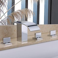 Contemporary Handshower Chrome Finish  Shower Faucet – USD $ 169.99