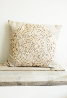 Crocheted Cushion Cover by Halona