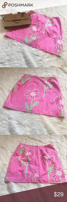 Lilly Pulitzer Petite Floral Pink Skirt This is a beautiful Lilly Pulitzer pink skirt with flowers. Classic piece from white label LP. Great condition. Pockets. Exposed zipper in the back. Let me know if you have any questions. Measurements will be added this weekend but let me know if you need them sooner Lilly Pulitzer Skirts Mini