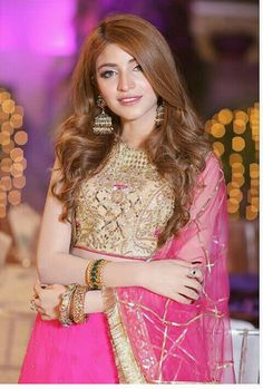 Yumna Zaidi, Kinza Hashmi, Lehenga, Saree, Pakistani Actress, Indian Wear, Pretty Outfits, Sequin Skirt, Fashion Dresses