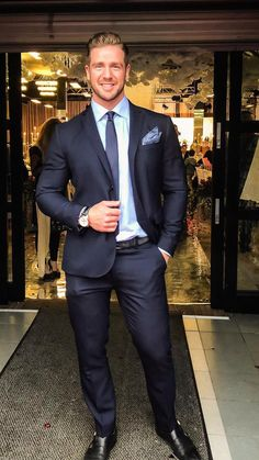 Business Outfit, Business Fashion, Business Style, Mens Fashion Suits, Mens Suits, Formal Men Outfit, Formal Wear, Costume Sexy, Stylish Clothes