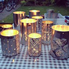 Lights of tin - Bunk Bed Decorating Ideas Recycle Cans, Diy Cans, Diy Recycle, Tin Can Crafts, Diy Home Crafts, Fun Crafts, Upcycled Crafts, Tin Can Lights, Tin Can Lanterns