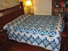 Storm+at+Sea+quilt--finished!+006.JPG