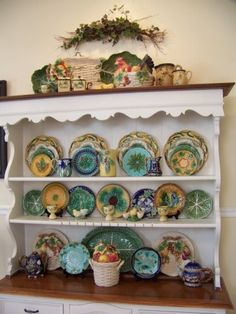 Vintage-Jay-Willfred-Diu-of-Andrea-by-Sadek-Cobalt-Yellow-Green-Majolica-Plate