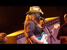 Chris Stapleton singing Tipsy at the Appalachian Fair in Gray Tennessee. Country Music Stars, Country Singers, Chris Stapleton, Bluegrass Music, Guitar Songs, First Love, Singing, Youtube, Southern