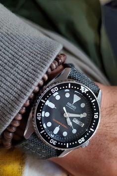 Seiko on a gray cordura watch strap : Watchbands Best Cheap Watches, Cool Watches, Watches For Men, Seiko Skx, Seiko Watches, Seiko Automatic, Automatic Watch, Gentleman Watch, Camera Watch