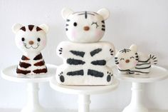 Baby tiger cakes...so adorable! Made by pastry chef/designer Melody Brandon, co-owner of Sweet and Saucy in Long Beach, California....