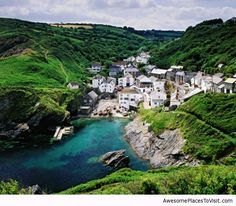 Portloe, Cornwall, England, United Kingdom Perhaps one of the most beautiful villages in the world. (Hmm, sounds very inviting.must look into it before I head back to England) Cornwall England, Devon And Cornwall, Exeter England, Cornwall Coast, Devon England, Oxford England, Yorkshire England, Yorkshire Dales, London England