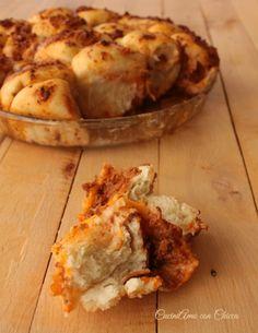 La pizza pazza ricetta di Benedetta Parodi è una verà golosità provatela anche voi è un'idea sfiziosa che piacerà a tutta la famiglia.La pizza pazza ricetta