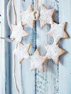 star wreath! Make with gluten free lemon thyme cookie batter... ooooooh yes!!!