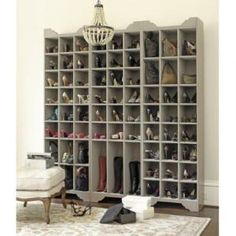shoe storage....yes please!!!