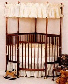 corner canopy crib..... LOVE, LOVE, LOVE This!!!