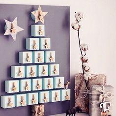 Kalender med lådor.