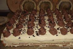 Deliciu cu nuca si visine Cooking, Desserts, Cakes, Sweets, Tricot, Kuchen, Kitchen, Tailgate Desserts, Deserts