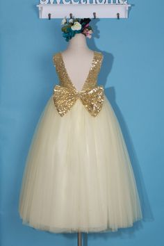 Ivory flower girl dress/Gold sequin girl dress/tulle flower girl dress/pageant dress/communion dress/flower girl dress for toddler girl by FleuristeDress on Etsy https://www.etsy.com/listing/491249627/ivory-flower-girl-dressgold-sequin-girl