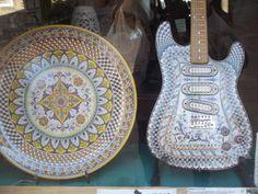 Guitarra de ceramica pintada a mão em Deruta