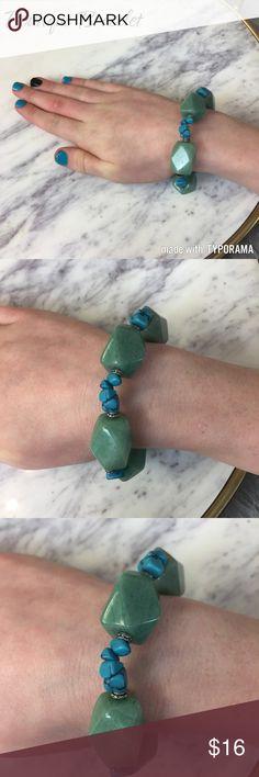 Beautiful Boutique Bracelet Turquoise boutique stretch bracelet. Super cute! Jewelry Bracelets