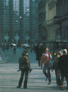 Gumi-gumi na Bogovićevoj 1980-ih PHOTO © Ivo Eterović #ZagrebFacts #Zagreb #ZG #Agram #RetroZagreb #Bogoviceva #BogovicevaUlica #80s #80e #retro #gumigumi