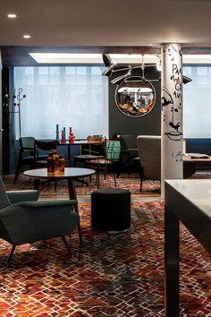 Menú (D)eco Nada se pierde, todo se transforma. Es la filosofía de 'Mama Campo', un nuevo restaurante y 'ecomarket' en Madrid. Muebles sostenibles y reciclados y una carta llena de sabores tradicionales.