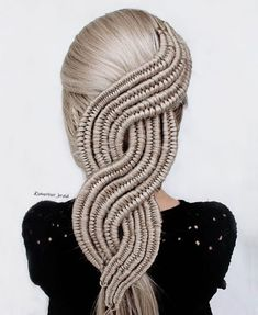 Well this is mesmerizing by See 17 other looks to blow your mind at our bio link ? Pretty Hairstyles, Braided Hairstyles, Hairdos, Updos, Medium Hair Styles, Long Hair Styles, Fibre Textile, Hair Magazine, Cool Braids