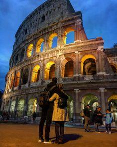 #rome #italy #italia #loveisintheair #colosseum #night #nightpicture #amazing #youandi #love #loveyou