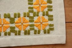 Beautiful orange floral embroidered by Ingsvintage on Etsy