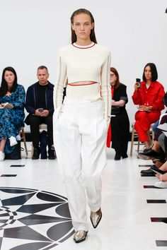 479be76e4db Victoria Beckham Spring 2019 Ready-to-Wear Fashion Show Collection  See the  complete