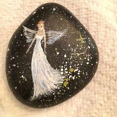 Pocket angel #angel #pocketangel #artrocks #stonepainting #paintedstonesofinstagram #stone #galaxy #rocks #ssirocks #ssi_rocks #rockart #mini