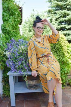 Sukienka uszyta z wykroju Burda 10/2019 model 102 i metamorfoza krzesła Burda Patterns, Bucket Bag, Wrap Dress, Cold Shoulder Dress, Zara, Model, Michael Kors, Boho, Dresses