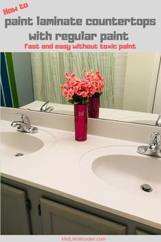 An beige sink and countertop gets a stunning makeover by just using regular paint. How to paint laminate countertops easy with interior paint. Painting Bathroom Countertops, Countertop Makeover, Kitchen Countertops, How To Paint Countertops, Cool Paintings, Digital Paintings, Wood Laminate, Diy Painting, Black Painting