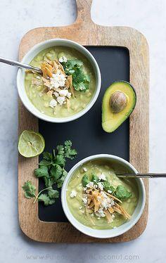 Avocado Chicken Corn Chowder / www.pineappleandcoconut.com