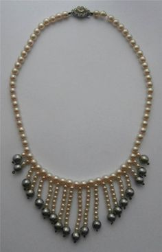 Vintage 1950 s Ivory & Grey Pearlised Glass Bead Necklace Necklet Bridal Downton