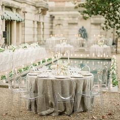 grey / white wedding