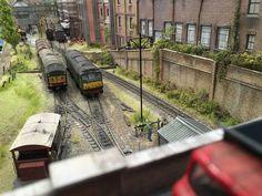Ho Model Trains, British Rail, Model Train Layouts, Diesel Locomotive, Rc Model, Beautiful Architecture, Train Station, Scale Models, Scenery
