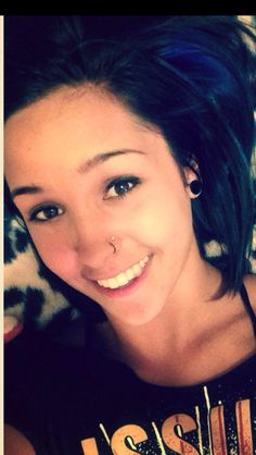 Sarah Sweet's double nose piercing is the cutest thing ever and I'm getting it ASAP!!! #inlove