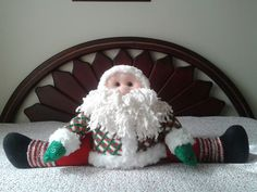 papa noelbpatiabierto Reno, Craft, Molde, Saints, Christmas Stairs Decorations, Christmas Pillow, Xmas Pics, Accent Pillows, Yule Decorations