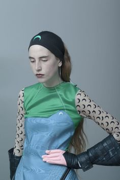 Marine Serre: sportswear aesthetics and ties to the past Sport Outfits, Trendy Outfits, Knitted Headband, Margiela, Mode Inspiration, Style Guides, Sportswear, Street Wear, Women Wear