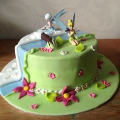 Tinkerbell Secret of the Wings birthday cake (made by me) Baby Girl First Birthday, Fourth Birthday, 4th Birthday Parties, Kid Cakes, Cupcake Cakes, Cupcakes, Secret Of The Wings, Fairy Birthday Cake, Tinkerbell Party