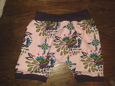 Mama kreatywnie: Getry z koronką i spodenki, sukienka;  recycled shorts and dress sewing for kids