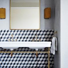 Small bathroom design calls for creative solutions, space saving layout, bright lighting ideas and modern tiles, bathroom fixtures and accents Ceramic Tile Floor Bathroom, Bathroom Flooring, 3d Flooring, Cement Tiles, Bathroom Fixtures, Tile Tub Surround, Geometric Tiles, Geometric Patterns, Geometric Wallpaper