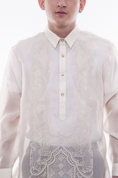 This hand-embroidered barong is made out of Cocoon, an intricately-woven fabric that closely resembles Pina. Barong Tagalog, Chino Shorts, Wedding Groom, Woven Fabric, Looks Great, Hand Weaving, Silk, Long Sleeve, Lace