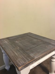 These colors 😍😮 Gray Wash Furniture, Distressed Furniture, Painted Furniture, Refinished Furniture, Furniture Projects, Furniture Makeover, Diy Furniture, Coffee Table Redo, Dining Table Lighting